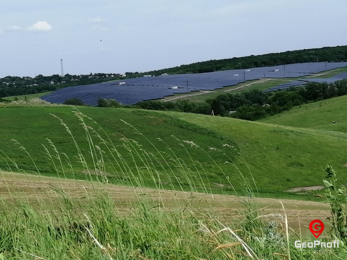 Работы на солнечной электростанции